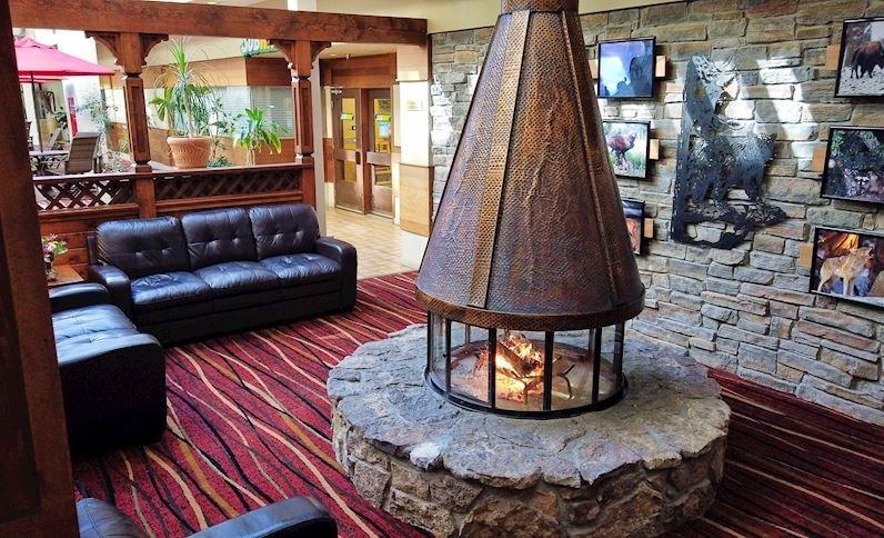 Christie Lodge - Avon Colorado | Salty Starfish Vacay
